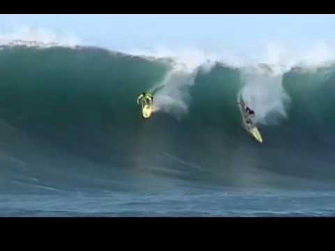 Surfing fails in Huges waves