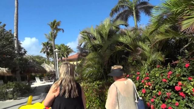 Marriott Aruba Surf Club grounds tour – Marriott Vacation Club, Aruba