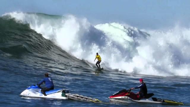 2013 Mavericks Surfing Competition