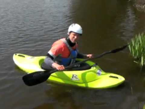Kayak for beginners – Posture on How To Surf a Wave (Part 1)