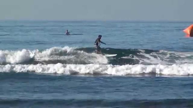 Hawaii Kewalos Beach Longboard Surf 2