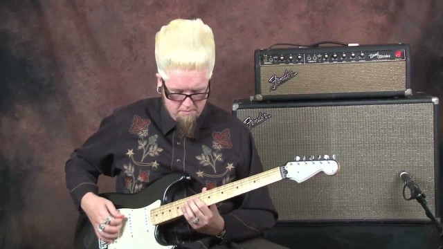 Learn Surf Guitar easy and fun fast picking riff ideas lesson on Fender Custom Shop Stratocaster