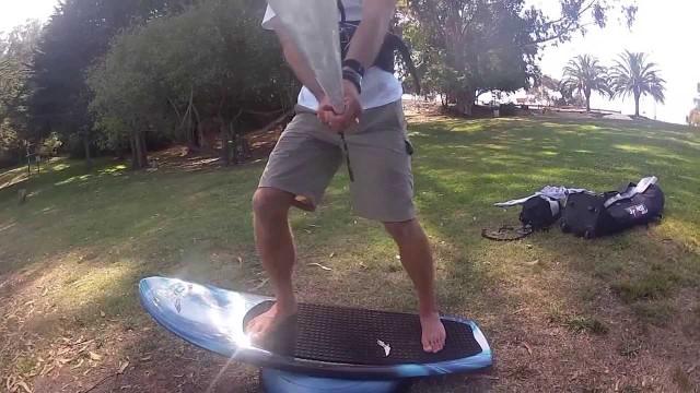 Kitesurfing with Foil Board Technique
