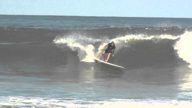 Free surfing with Jonas Wolthers – Longboard