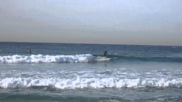 Longboard surfing Old style 2