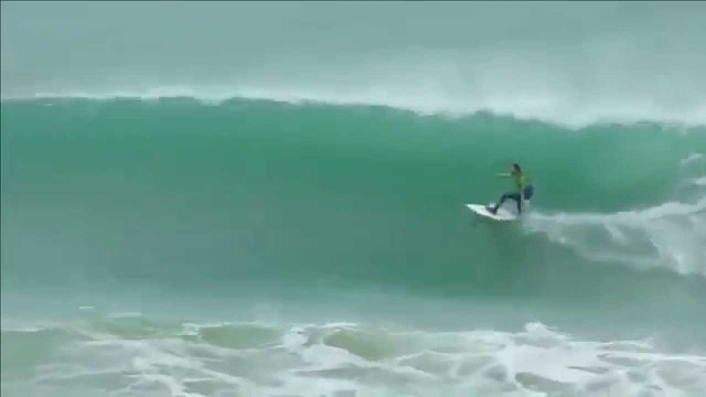 Surfing in Safi challenging huge waves | Morocco 2015,