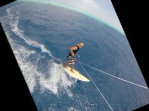Kitesurfing: two ways to jibe